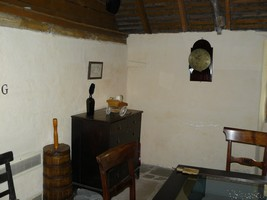 Burns Cottage Parlour